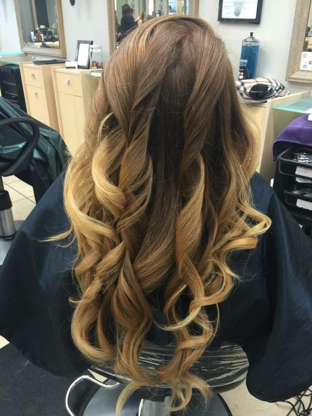 Balayage hair color melt natural looking hair